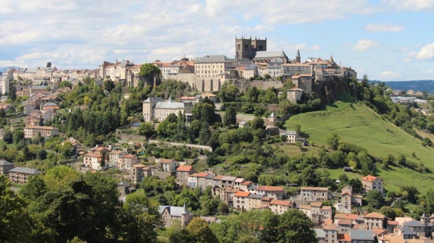 Cantal : Saint-Flour accueille des familles syriennes
