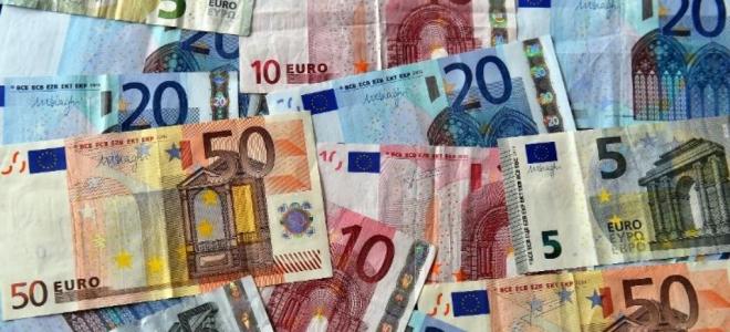 Cour d'appel de Riom : deux anciens salariés de la Banque de France devant la justice